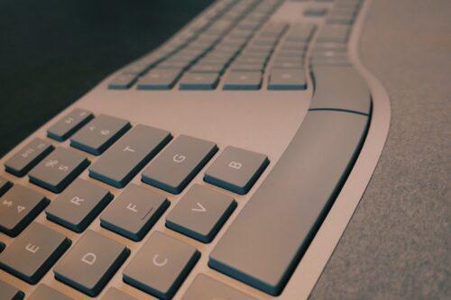 【人間工学キーボード】Surface Ergonomic Keyboardをレビュー